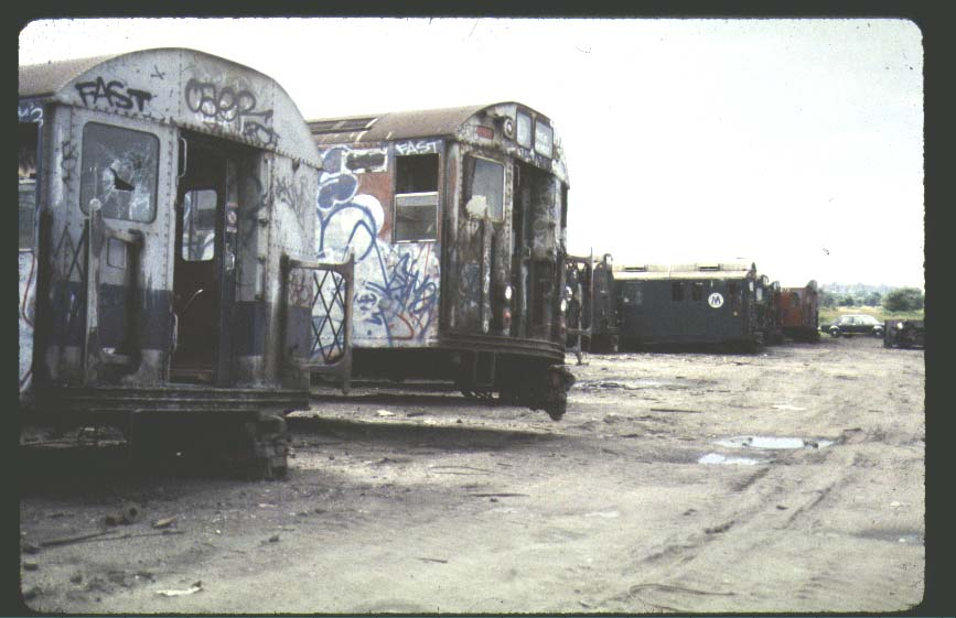 (67k, 867x561)<br><b>Country:</b> United States<br><b>City:</b> New York<br><b>System:</b> New York City Transit<br><b>Location:</b> Scrapyard<br><b>Photo by:</b> Harold<br><b>Notes:</b> Naporano scrap yard<br><b>Viewed (this week/total):</b> 0 / 5685