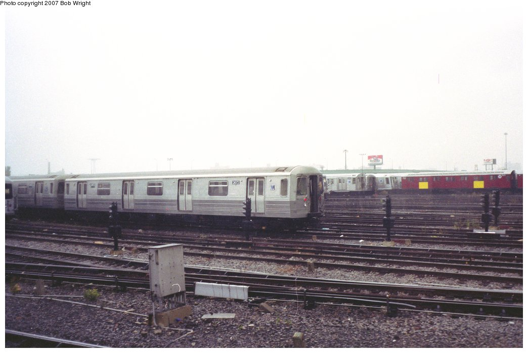(113k, 1044x699)<br><b>Country:</b> United States<br><b>City:</b> New York<br><b>System:</b> New York City Transit<br><b>Location:</b> Coney Island Yard<br><b>Car:</b> R-68 (Westinghouse-Amrail, 1986-1988)  2672 <br><b>Photo by:</b> Bob Wright<br><b>Date:</b> 11/10/1991<br><b>Viewed (this week/total):</b> 2 / 3017