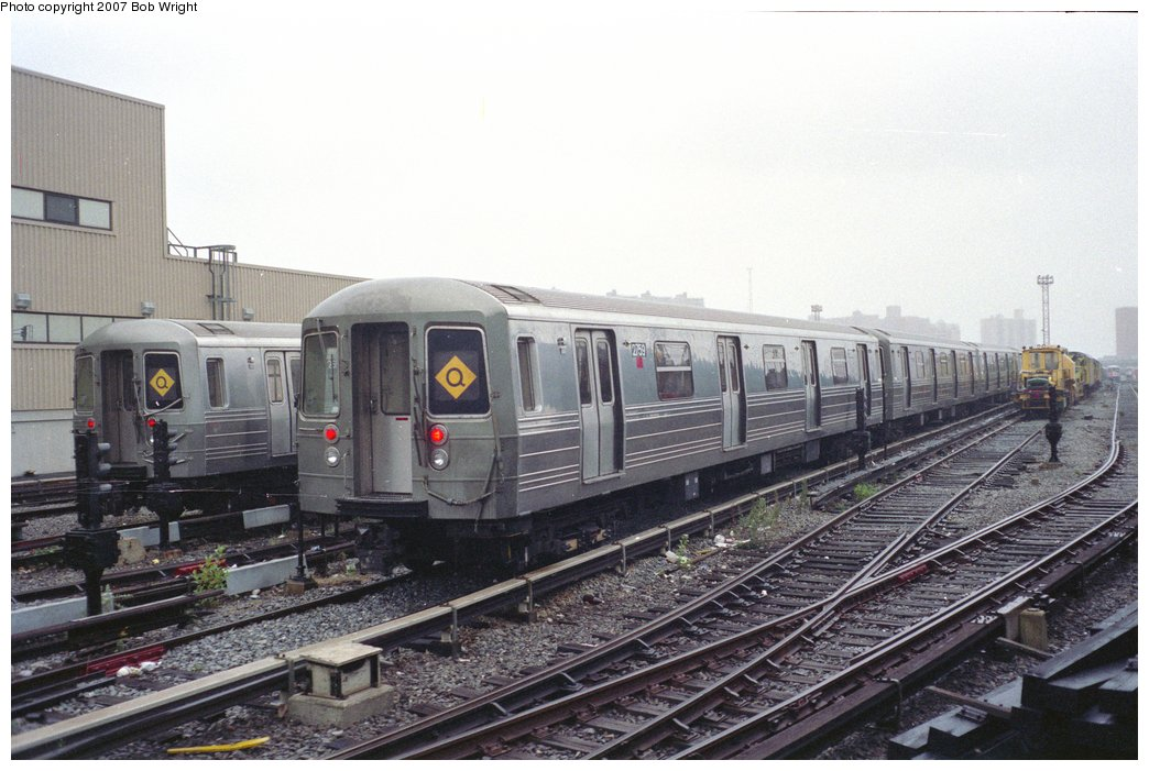 (148k, 1044x701)<br><b>Country:</b> United States<br><b>City:</b> New York<br><b>System:</b> New York City Transit<br><b>Location:</b> Coney Island Yard<br><b>Car:</b> R-68 (Westinghouse-Amrail, 1986-1988)  2759 <br><b>Photo by:</b> Bob Wright<br><b>Date:</b> 11/10/1991<br><b>Viewed (this week/total):</b> 3 / 2631