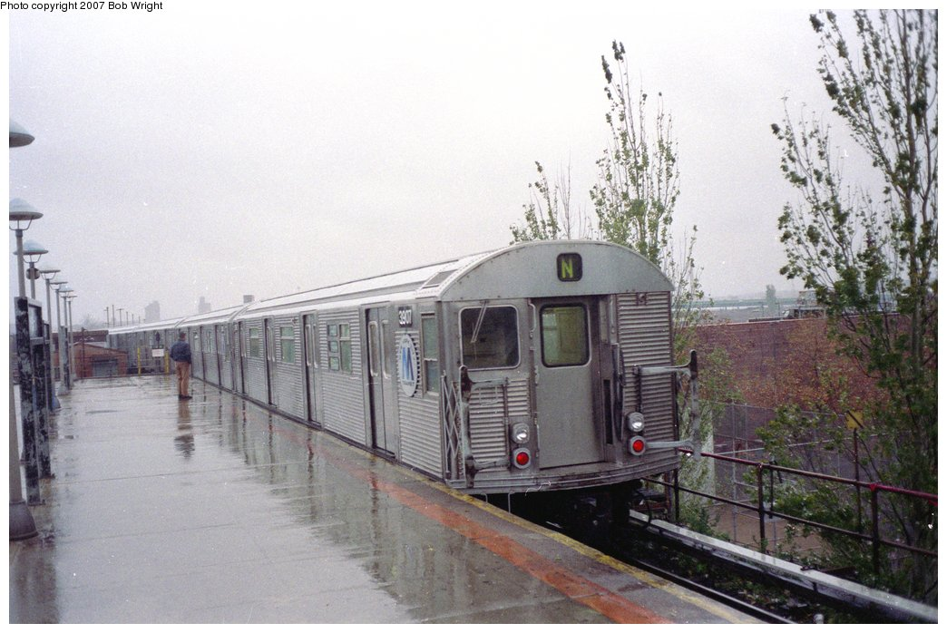 (147k, 1044x698)<br><b>Country:</b> United States<br><b>City:</b> New York<br><b>System:</b> New York City Transit<br><b>Location:</b> Coney Island/Stillwell Avenue<br><b>Route:</b> N<br><b>Car:</b> R-32 (Budd, 1964)  3907 <br><b>Photo by:</b> Bob Wright<br><b>Date:</b> 11/10/1991<br><b>Viewed (this week/total):</b> 7 / 3372