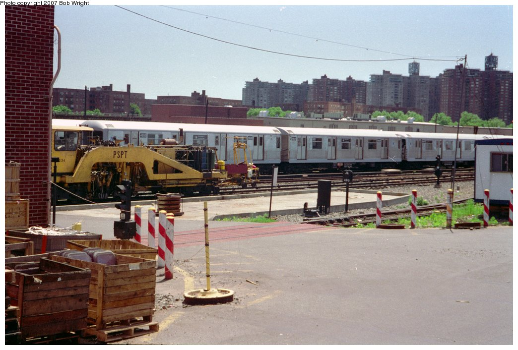 (154k, 1044x706)<br><b>Country:</b> United States<br><b>City:</b> New York<br><b>System:</b> New York City Transit<br><b>Location:</b> Coney Island Yard<br><b>Car:</b> R-42 (St. Louis, 1969-1970)  4805/4809 <br><b>Photo by:</b> Bob Wright<br><b>Date:</b> 5/30/1993<br><b>Viewed (this week/total):</b> 2 / 1810