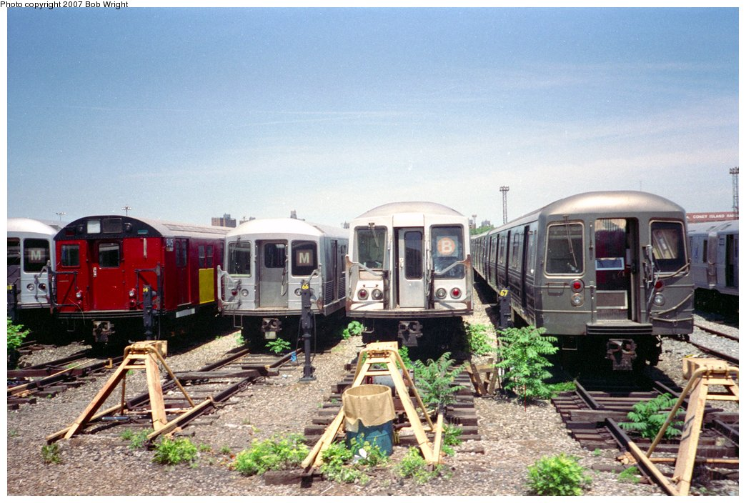 (173k, 1044x704)<br><b>Country:</b> United States<br><b>City:</b> New York<br><b>System:</b> New York City Transit<br><b>Location:</b> Coney Island Yard<br><b>Photo by:</b> Bob Wright<br><b>Date:</b> 5/30/1993<br><b>Viewed (this week/total):</b> 0 / 1069