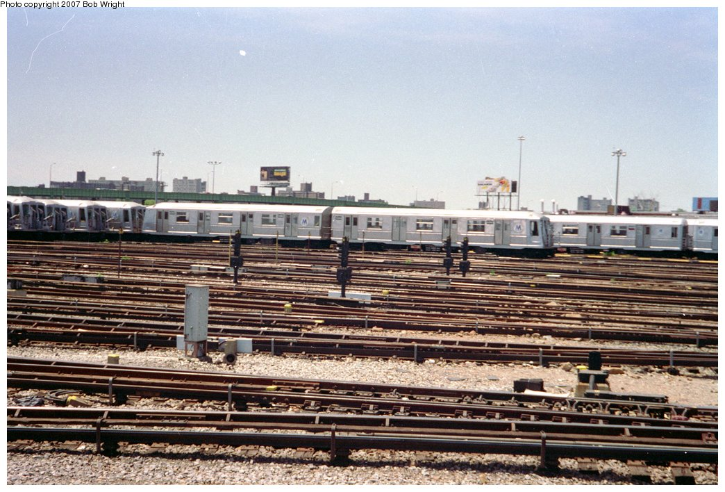 (186k, 1044x708)<br><b>Country:</b> United States<br><b>City:</b> New York<br><b>System:</b> New York City Transit<br><b>Location:</b> Coney Island Yard<br><b>Car:</b> R-40 (St. Louis, 1968)  4343 <br><b>Photo by:</b> Bob Wright<br><b>Date:</b> 5/30/1993<br><b>Viewed (this week/total):</b> 0 / 2366