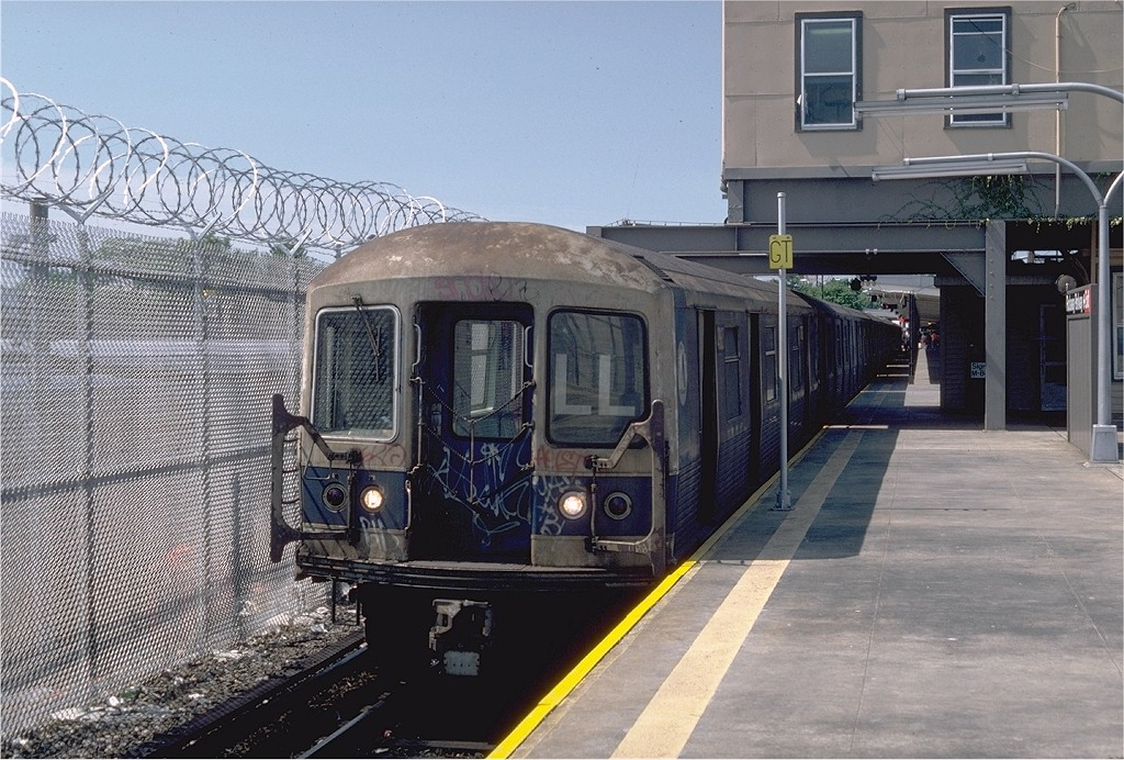 (232k, 1024x692)<br><b>Country:</b> United States<br><b>City:</b> New York<br><b>System:</b> New York City Transit<br><b>Line:</b> BMT Canarsie Line<br><b>Location:</b> Rockaway Parkway <br><b>Route:</b> LL<br><b>Car:</b> R-42 (St. Louis, 1969-1970)   <br><b>Photo by:</b> Steve Zabel<br><b>Collection of:</b> Joe Testagrose<br><b>Date:</b> 7/5/1982<br><b>Viewed (this week/total):</b> 6 / 2128