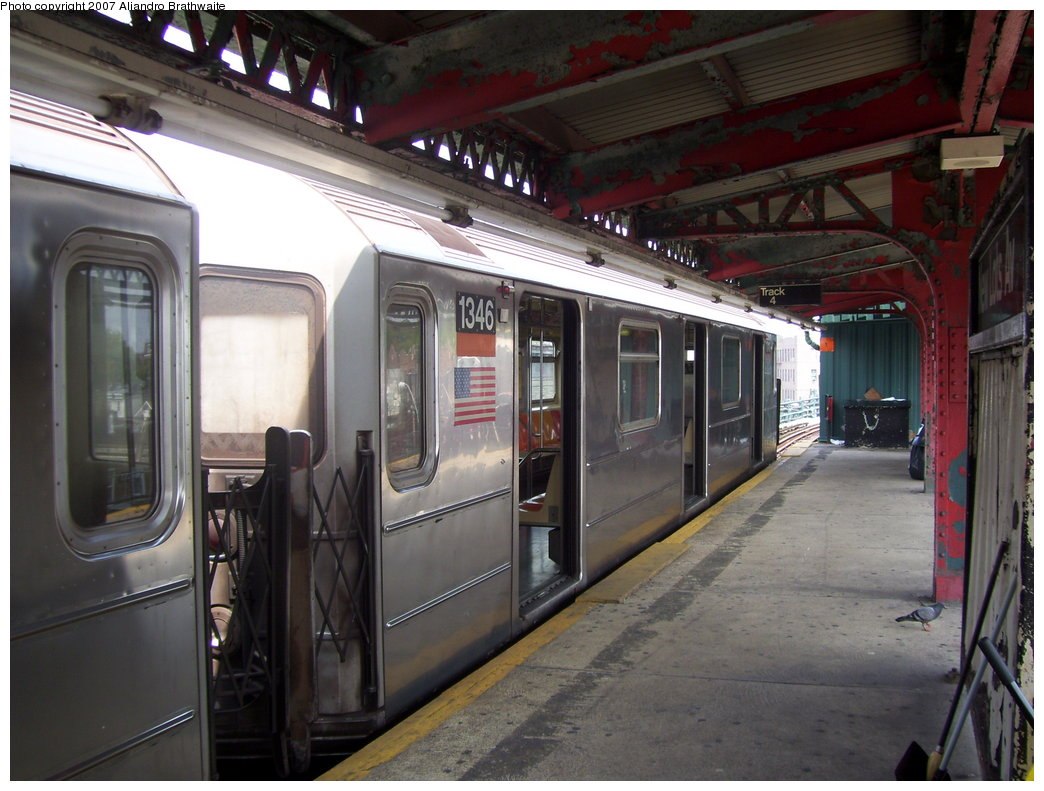 (183k, 1044x791)<br><b>Country:</b> United States<br><b>City:</b> New York<br><b>System:</b> New York City Transit<br><b>Line:</b> IRT Brooklyn Line<br><b>Location:</b> New Lots Avenue <br><b>Route:</b> 3<br><b>Car:</b> R-62 (Kawasaki, 1983-1985)  1346 <br><b>Photo by:</b> Aliandro Brathwaite<br><b>Date:</b> 7/30/2007<br><b>Viewed (this week/total):</b> 1 / 2369