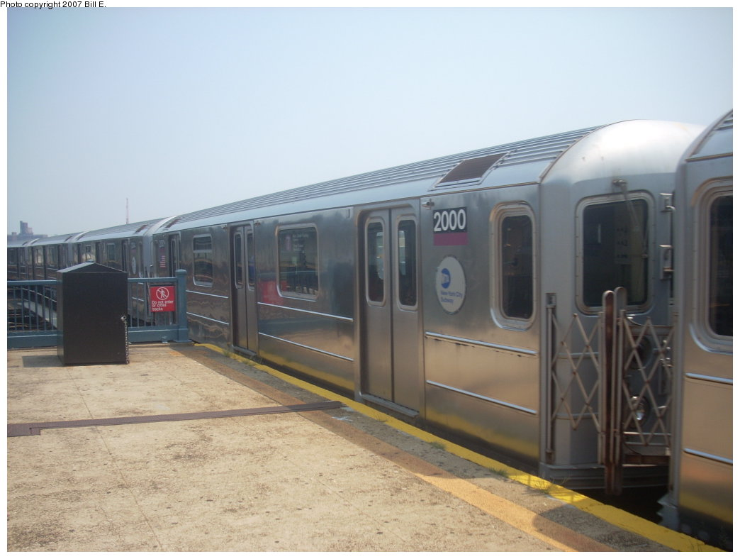 (152k, 1044x788)<br><b>Country:</b> United States<br><b>City:</b> New York<br><b>System:</b> New York City Transit<br><b>Line:</b> IRT Flushing Line<br><b>Location:</b> Willets Point/Mets (fmr. Shea Stadium) <br><b>Route:</b> 7<br><b>Car:</b> R-62A (Bombardier, 1984-1987)  2000 <br><b>Photo by:</b> Bill E.<br><b>Date:</b> 8/4/2007<br><b>Viewed (this week/total):</b> 2 / 1270