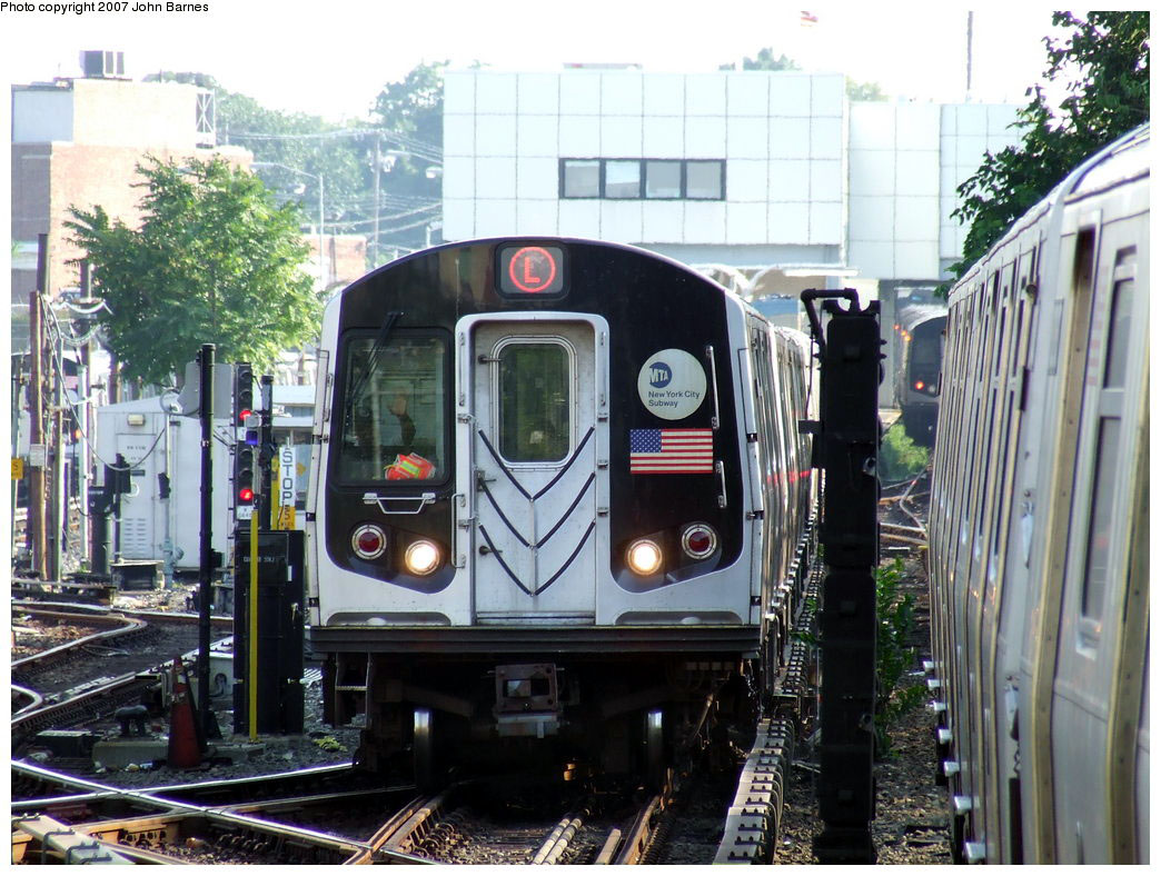(234k, 1044x788)<br><b>Country:</b> United States<br><b>City:</b> New York<br><b>System:</b> New York City Transit<br><b>Line:</b> BMT Canarsie Line<br><b>Location:</b> East 105th Street <br><b>Route:</b> L<br><b>Car:</b> R-143 (Kawasaki, 2001-2002) 8137 <br><b>Photo by:</b> John Barnes<br><b>Date:</b> 8/2/2007<br><b>Viewed (this week/total):</b> 0 / 3032