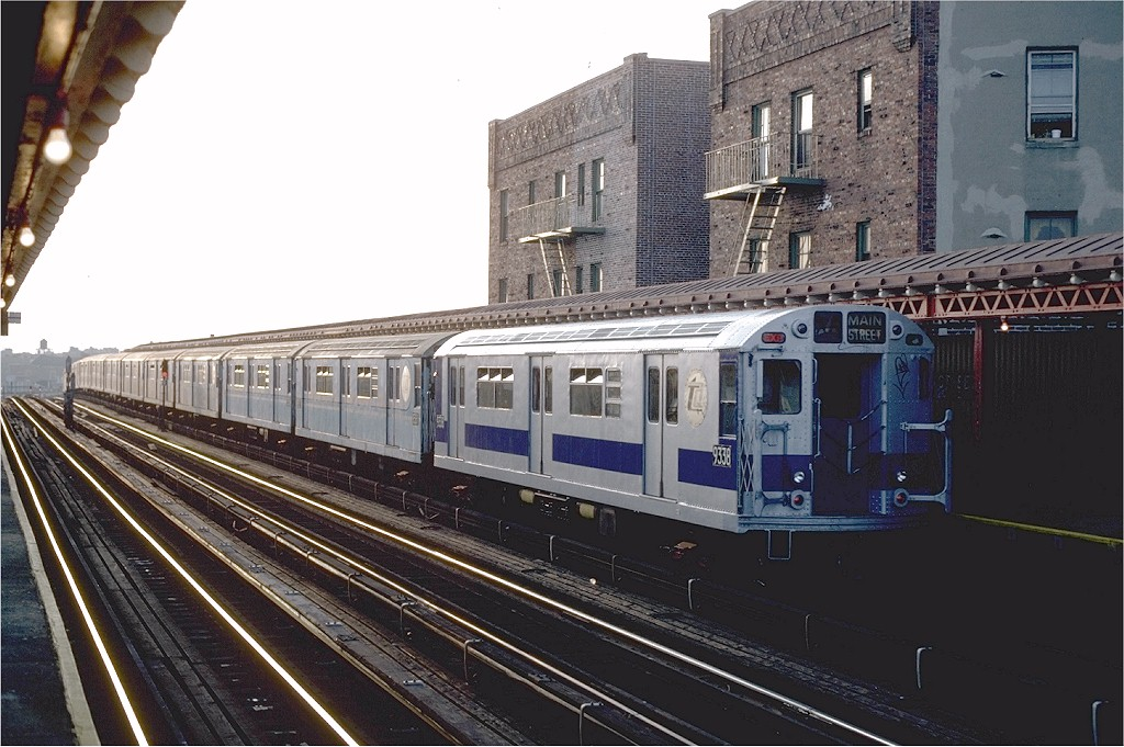 (204k, 1024x681)<br><b>Country:</b> United States<br><b>City:</b> New York<br><b>System:</b> New York City Transit<br><b>Line:</b> IRT Flushing Line<br><b>Location:</b> 52nd Street/Lincoln Avenue <br><b>Route:</b> 7<br><b>Car:</b> R-33 World's Fair (St. Louis, 1963-64) 9338 <br><b>Photo by:</b> Steve Zabel<br><b>Collection of:</b> Joe Testagrose<br><b>Date:</b> 11/2/1981<br><b>Viewed (this week/total):</b> 1 / 1725