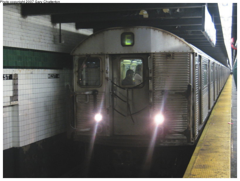 (83k, 820x620)<br><b>Country:</b> United States<br><b>City:</b> New York<br><b>System:</b> New York City Transit<br><b>Line:</b> IND 8th Avenue Line<br><b>Location:</b> West 4th Street/Washington Square <br><b>Route:</b> E<br><b>Car:</b> R-32 (Budd, 1964)  3588 <br><b>Photo by:</b> Gary Chatterton<br><b>Date:</b> 8/6/2007<br><b>Viewed (this week/total):</b> 2 / 1330