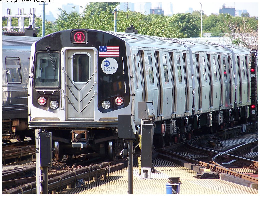 (270k, 1044x788)<br><b>Country:</b> United States<br><b>City:</b> New York<br><b>System:</b> New York City Transit<br><b>Location:</b> Coney Island/Stillwell Avenue<br><b>Route:</b> N<br><b>Car:</b> R-160B (Kawasaki, 2005-2008)  8732 <br><b>Photo by:</b> Philip D'Allesandro<br><b>Date:</b> 8/11/2007<br><b>Viewed (this week/total):</b> 1 / 1639