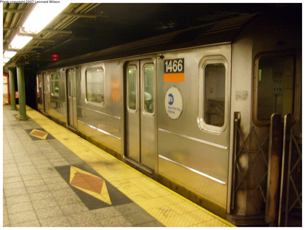 (194k, 1044x788)<br><b>Country:</b> United States<br><b>City:</b> New York<br><b>System:</b> New York City Transit<br><b>Line:</b> IRT Brooklyn Line<br><b>Location:</b> Atlantic Avenue <br><b>Route:</b> 3<br><b>Car:</b> R-62 (Kawasaki, 1983-1985)  1466 <br><b>Photo by:</b> Leonard Wilson<br><b>Date:</b> 8/11/2007<br><b>Viewed (this week/total):</b> 2 / 2904
