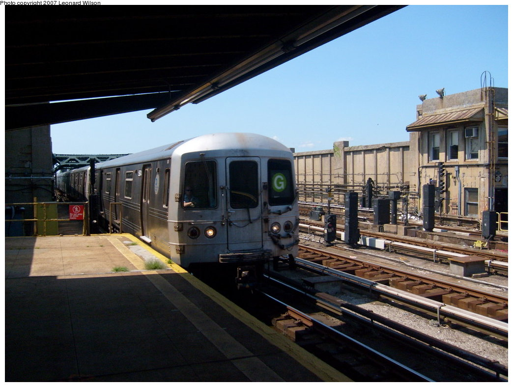 (199k, 1044x788)<br><b>Country:</b> United States<br><b>City:</b> New York<br><b>System:</b> New York City Transit<br><b>Line:</b> IND Crosstown Line<br><b>Location:</b> 4th Avenue <br><b>Route:</b> G<br><b>Car:</b> R-46 (Pullman-Standard, 1974-75)  <br><b>Photo by:</b> Leonard Wilson<br><b>Date:</b> 8/11/2007<br><b>Viewed (this week/total):</b> 2 / 1299