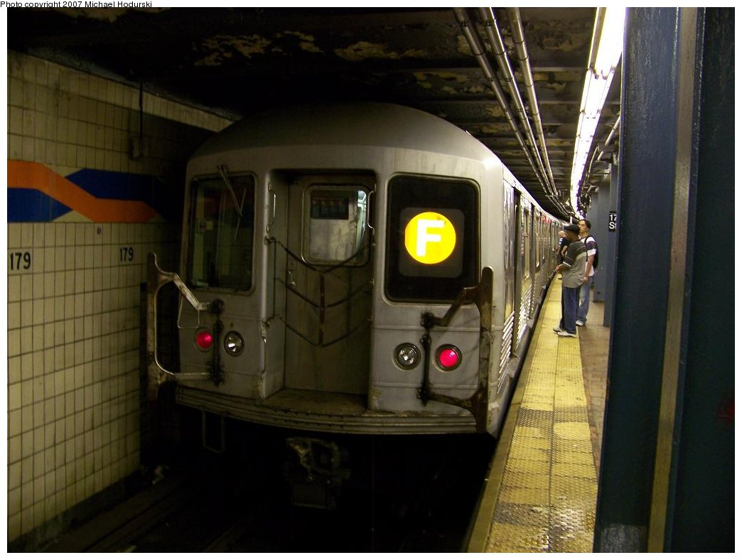 (145k, 1044x788)<br><b>Country:</b> United States<br><b>City:</b> New York<br><b>System:</b> New York City Transit<br><b>Line:</b> IND Queens Boulevard Line<br><b>Location:</b> 179th Street <br><b>Route:</b> F<br><b>Car:</b> R-42 (St. Louis, 1969-1970)  4932 <br><b>Photo by:</b> Michael Hodurski<br><b>Date:</b> 8/10/2007<br><b>Viewed (this week/total):</b> 2 / 2540