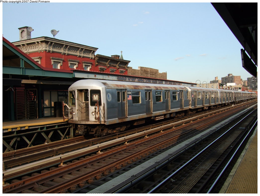 (199k, 1044x788)<br><b>Country:</b> United States<br><b>City:</b> New York<br><b>System:</b> New York City Transit<br><b>Line:</b> BMT Nassau Street/Jamaica Line<br><b>Location:</b> Marcy Avenue <br><b>Route:</b> M<br><b>Car:</b> R-42 (St. Louis, 1969-1970)  4588 <br><b>Photo by:</b> David Pirmann<br><b>Date:</b> 8/14/2007<br><b>Viewed (this week/total):</b> 1 / 861