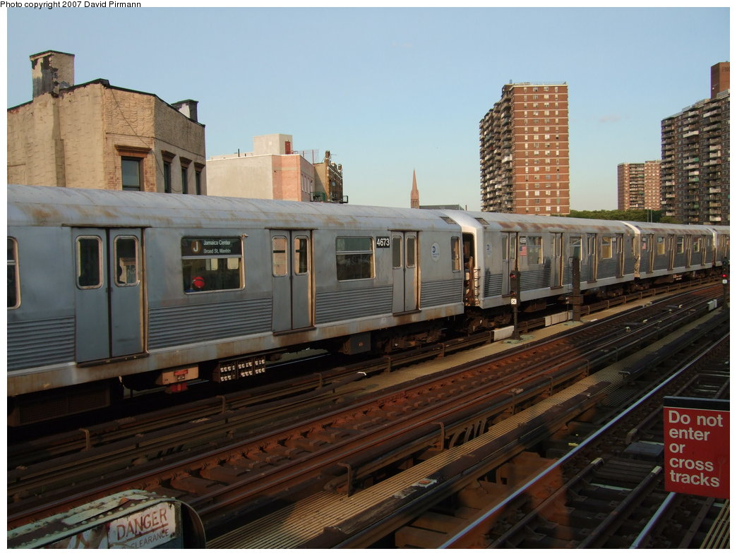 (175k, 1044x788)<br><b>Country:</b> United States<br><b>City:</b> New York<br><b>System:</b> New York City Transit<br><b>Line:</b> BMT Nassau Street/Jamaica Line<br><b>Location:</b> Hewes Street <br><b>Route:</b> J<br><b>Car:</b> R-42 (St. Louis, 1969-1970)  4711 <br><b>Photo by:</b> David Pirmann<br><b>Date:</b> 8/14/2007<br><b>Viewed (this week/total):</b> 0 / 812