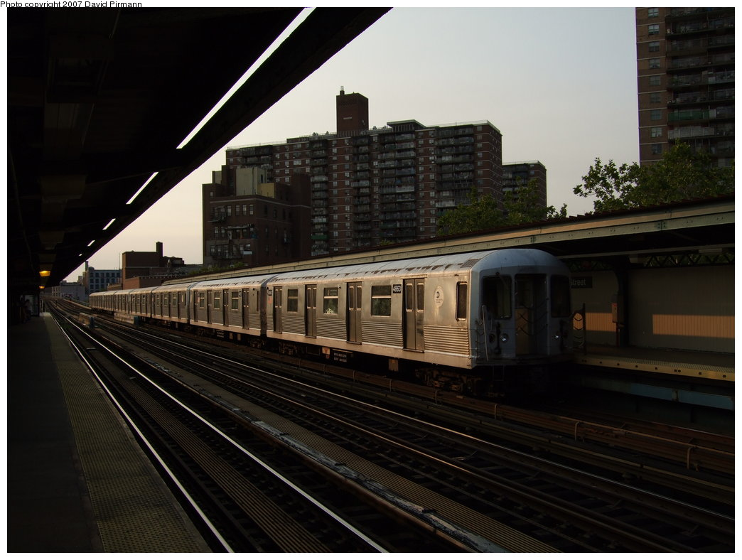 (155k, 1044x788)<br><b>Country:</b> United States<br><b>City:</b> New York<br><b>System:</b> New York City Transit<br><b>Line:</b> BMT Nassau Street/Jamaica Line<br><b>Location:</b> Lorimer Street <br><b>Route:</b> J<br><b>Car:</b> R-42 (St. Louis, 1969-1970)  4863 <br><b>Photo by:</b> David Pirmann<br><b>Date:</b> 8/14/2007<br><b>Viewed (this week/total):</b> 0 / 913