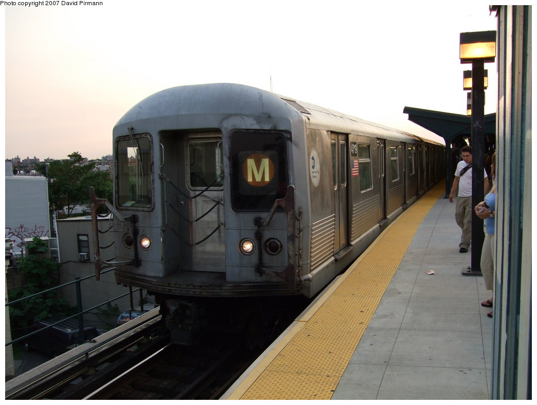 (144k, 1044x788)<br><b>Country:</b> United States<br><b>City:</b> New York<br><b>System:</b> New York City Transit<br><b>Line:</b> BMT Myrtle Avenue Line<br><b>Location:</b> Wyckoff Avenue <br><b>Route:</b> M<br><b>Car:</b> R-42 (St. Louis, 1969-1970)  4719 <br><b>Photo by:</b> David Pirmann<br><b>Date:</b> 8/14/2007<br><b>Viewed (this week/total):</b> 2 / 1571