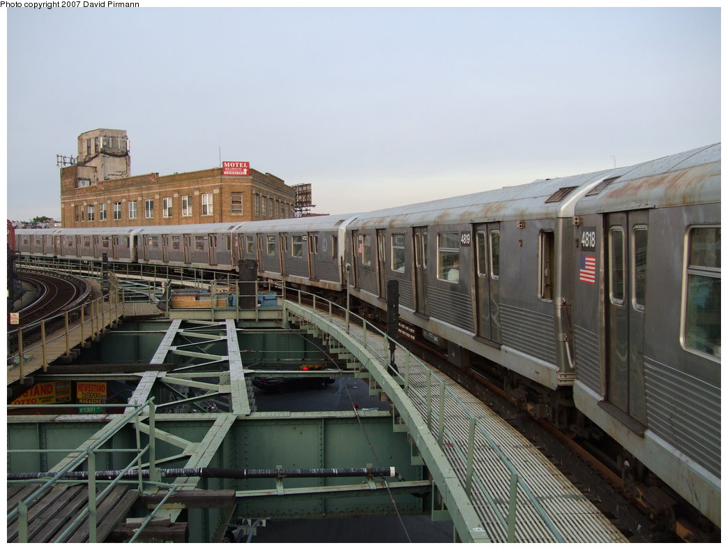 (171k, 1044x788)<br><b>Country:</b> United States<br><b>City:</b> New York<br><b>System:</b> New York City Transit<br><b>Line:</b> BMT Myrtle Avenue Line<br><b>Location:</b> Wyckoff Avenue <br><b>Route:</b> M<br><b>Car:</b> R-42 (St. Louis, 1969-1970)  4819 <br><b>Photo by:</b> David Pirmann<br><b>Date:</b> 8/14/2007<br><b>Viewed (this week/total):</b> 3 / 1273