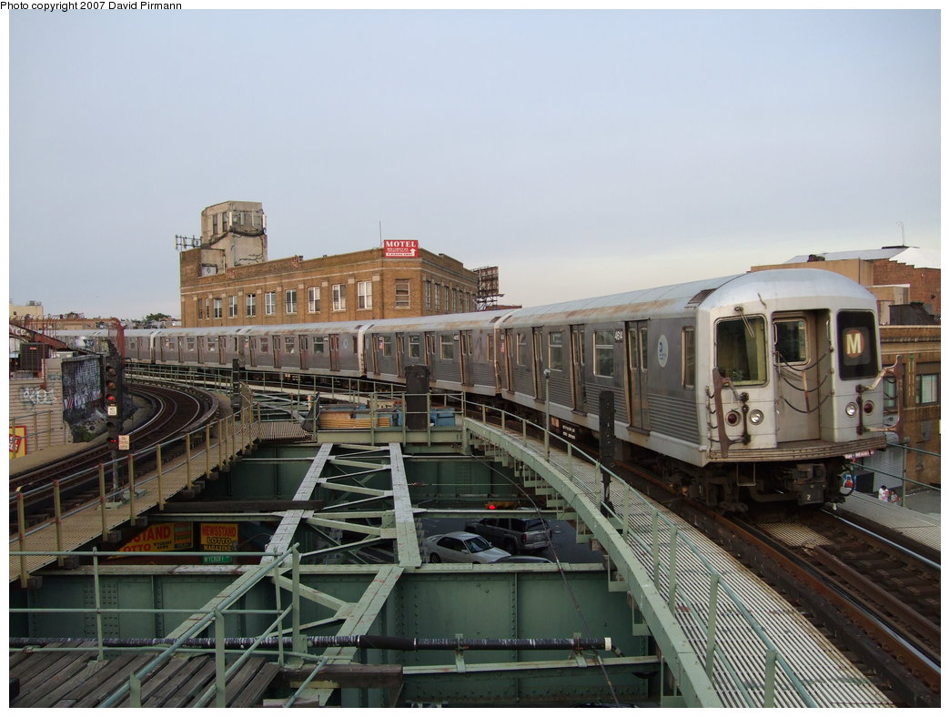 (175k, 1044x788)<br><b>Country:</b> United States<br><b>City:</b> New York<br><b>System:</b> New York City Transit<br><b>Line:</b> BMT Myrtle Avenue Line<br><b>Location:</b> Wyckoff Avenue <br><b>Route:</b> M<br><b>Car:</b> R-42 (St. Louis, 1969-1970)  4614 <br><b>Photo by:</b> David Pirmann<br><b>Date:</b> 8/14/2007<br><b>Viewed (this week/total):</b> 5 / 2018