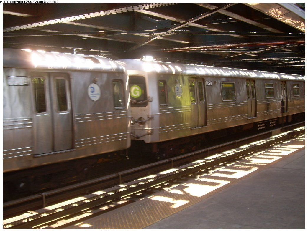 (203k, 1044x788)<br><b>Country:</b> United States<br><b>City:</b> New York<br><b>System:</b> New York City Transit<br><b>Line:</b> BMT Culver Line<br><b>Location:</b> West 8th Street <br><b>Route:</b> G<br><b>Car:</b> R-46 (Pullman-Standard, 1974-75) 6098 <br><b>Photo by:</b> Zach Summer<br><b>Date:</b> 8/12/2007<br><b>Viewed (this week/total):</b> 2 / 1959
