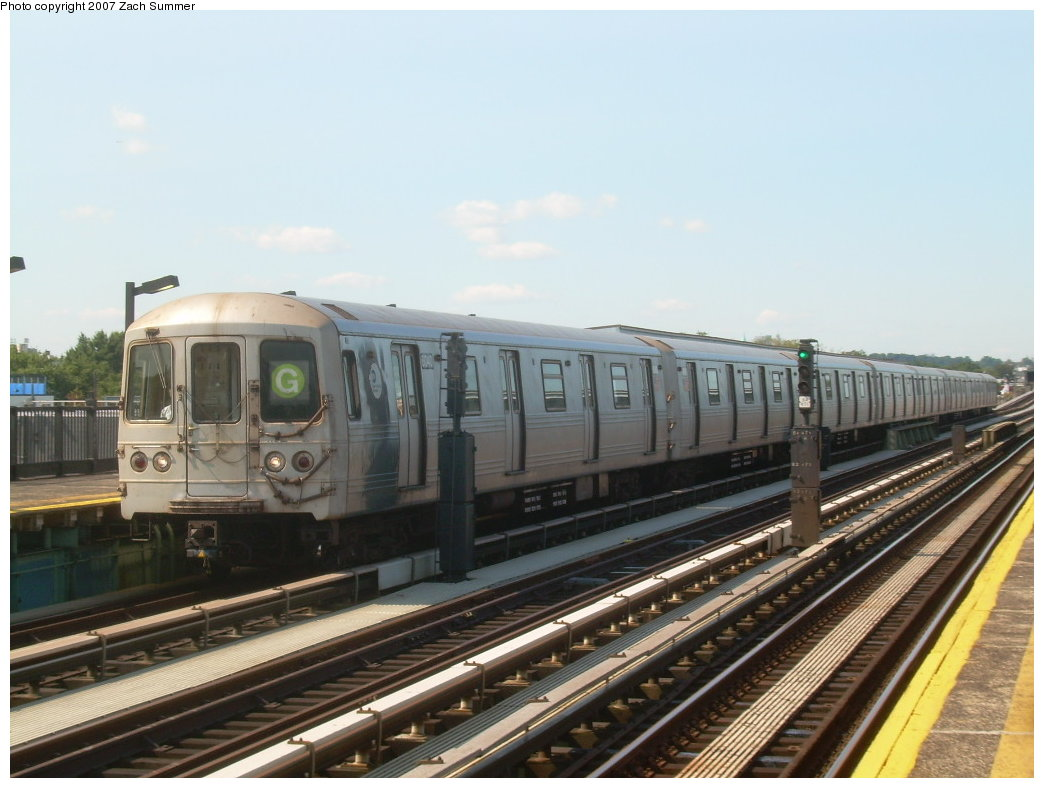 (181k, 1044x788)<br><b>Country:</b> United States<br><b>City:</b> New York<br><b>System:</b> New York City Transit<br><b>Line:</b> BMT Culver Line<br><b>Location:</b> Bay Parkway (22nd Avenue) <br><b>Route:</b> G<br><b>Car:</b> R-46 (Pullman-Standard, 1974-75) 6040 <br><b>Photo by:</b> Zach Summer<br><b>Date:</b> 8/12/2007<br><b>Viewed (this week/total):</b> 0 / 1063