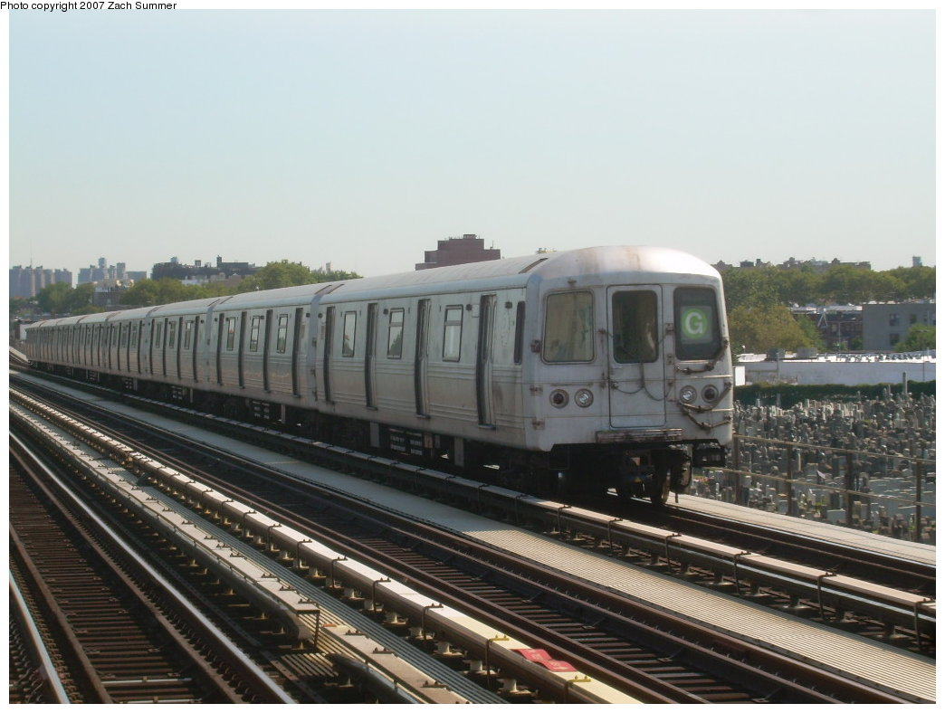 (187k, 1044x788)<br><b>Country:</b> United States<br><b>City:</b> New York<br><b>System:</b> New York City Transit<br><b>Line:</b> BMT Culver Line<br><b>Location:</b> Bay Parkway (22nd Avenue) <br><b>Route:</b> G<br><b>Car:</b> R-46 (Pullman-Standard, 1974-75)  <br><b>Photo by:</b> Zach Summer<br><b>Date:</b> 8/12/2007<br><b>Viewed (this week/total):</b> 1 / 1024