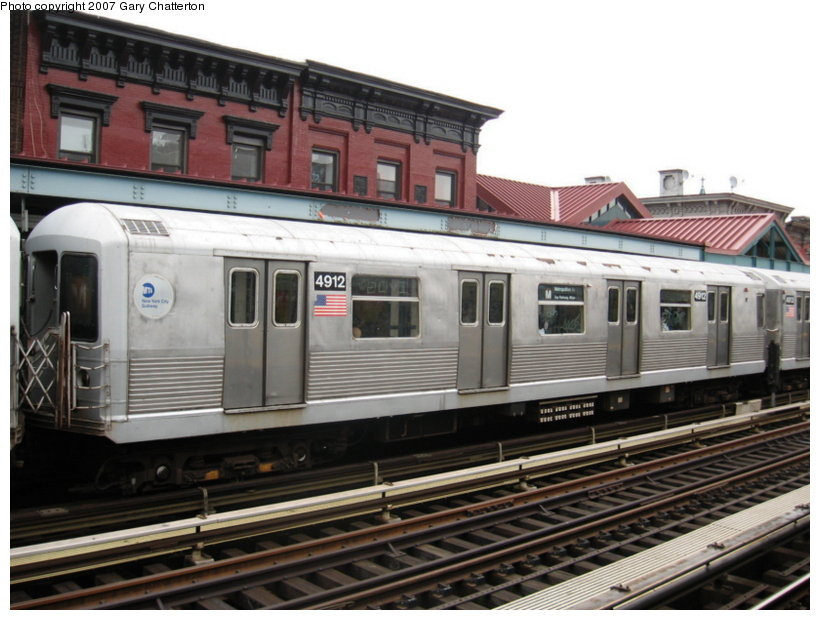 (109k, 820x620)<br><b>Country:</b> United States<br><b>City:</b> New York<br><b>System:</b> New York City Transit<br><b>Line:</b> BMT Nassau Street/Jamaica Line<br><b>Location:</b> Marcy Avenue <br><b>Route:</b> M<br><b>Car:</b> R-42 (St. Louis, 1969-1970)  4912 <br><b>Photo by:</b> Gary Chatterton<br><b>Date:</b> 8/7/2007<br><b>Viewed (this week/total):</b> 3 / 1027