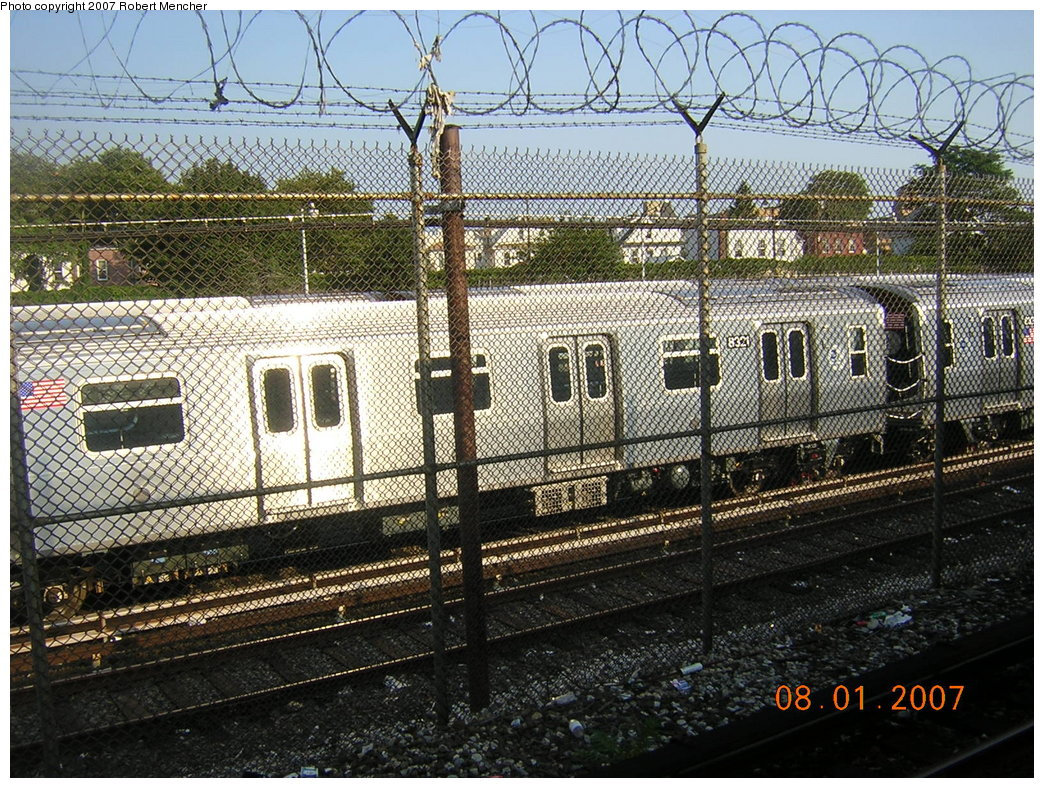 (333k, 1044x788)<br><b>Country:</b> United States<br><b>City:</b> New York<br><b>System:</b> New York City Transit<br><b>Location:</b> Rockaway Parkway (Canarsie) Yard<br><b>Car:</b> R-160A-1 (Alstom, 2005-2008, 4 car sets)  8321 <br><b>Photo by:</b> Robert Mencher<br><b>Date:</b> 8/1/2007<br><b>Viewed (this week/total):</b> 2 / 1447