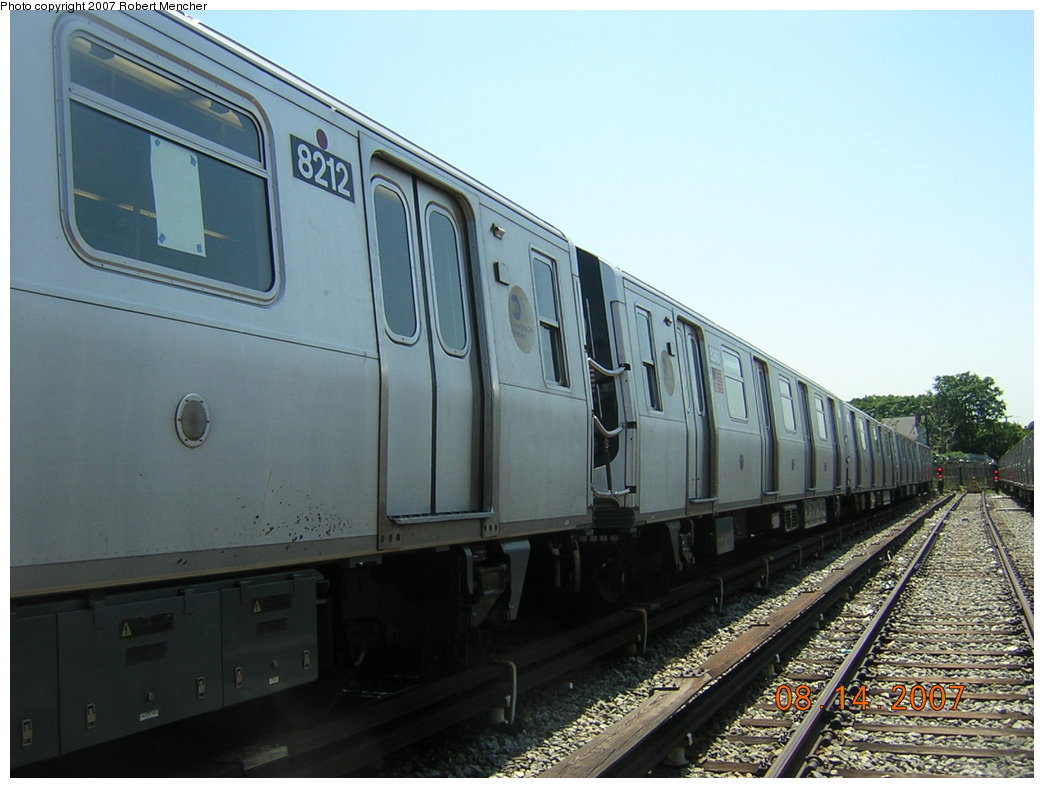 (180k, 1044x788)<br><b>Country:</b> United States<br><b>City:</b> New York<br><b>System:</b> New York City Transit<br><b>Location:</b> Rockaway Parkway (Canarsie) Yard<br><b>Car:</b> R-143 (Kawasaki, 2001-2002) 8212 <br><b>Photo by:</b> Robert Mencher<br><b>Date:</b> 8/14/2007<br><b>Viewed (this week/total):</b> 1 / 2084