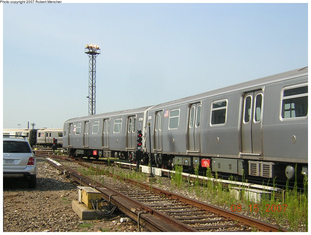 (207k, 1044x788)<br><b>Country:</b> United States<br><b>City:</b> New York<br><b>System:</b> New York City Transit<br><b>Location:</b> Coney Island Yard<br><b>Car:</b> R-160B (Kawasaki, 2005-2008)  8759 <br><b>Photo by:</b> Robert Mencher<br><b>Date:</b> 8/15/2007<br><b>Viewed (this week/total):</b> 1 / 2133