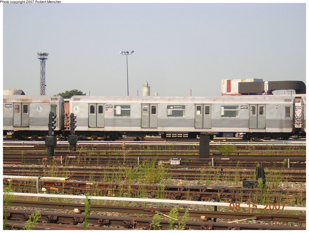 (220k, 1044x788)<br><b>Country:</b> United States<br><b>City:</b> New York<br><b>System:</b> New York City Transit<br><b>Location:</b> Coney Island Yard<br><b>Car:</b> R-42 (St. Louis, 1969-1970)  4727 <br><b>Photo by:</b> Robert Mencher<br><b>Date:</b> 8/15/2007<br><b>Viewed (this week/total):</b> 2 / 1052