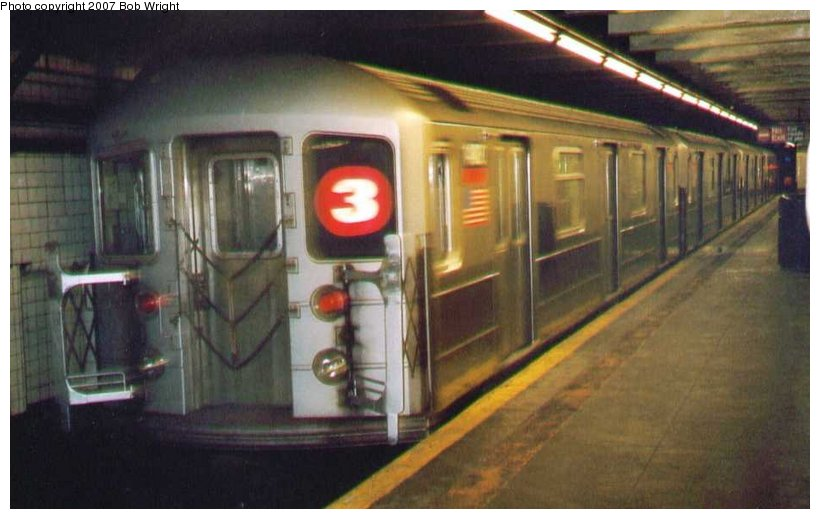 (75k, 820x519)<br><b>Country:</b> United States<br><b>City:</b> New York<br><b>System:</b> New York City Transit<br><b>Line:</b> IRT Brooklyn Line<br><b>Location:</b> Bergen Street <br><b>Route:</b> 3<br><b>Car:</b> R-62 (Kawasaki, 1983-1985)  1480 <br><b>Photo by:</b> Bob Wright<br><b>Date:</b> 3/2005<br><b>Viewed (this week/total):</b> 0 / 1596