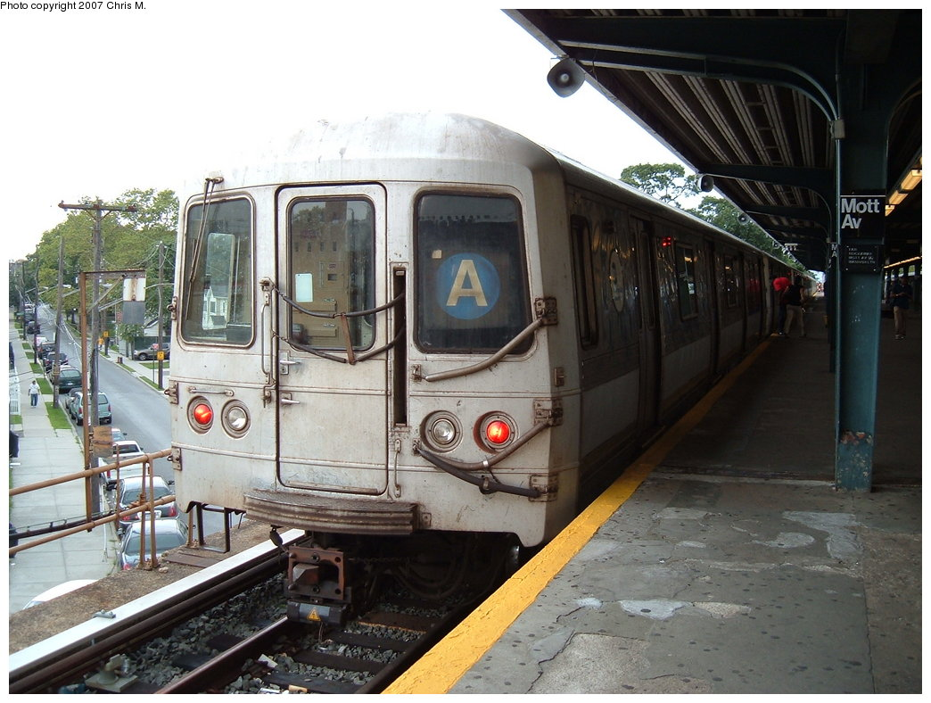 (191k, 1044x788)<br><b>Country:</b> United States<br><b>City:</b> New York<br><b>System:</b> New York City Transit<br><b>Line:</b> IND Rockaway<br><b>Location:</b> Mott Avenue/Far Rockaway <br><b>Route:</b> A<br><b>Car:</b> R-44 (St. Louis, 1971-73)  <br><b>Photo by:</b> Chris M.<br><b>Date:</b> 8/17/2007<br><b>Viewed (this week/total):</b> 2 / 1040