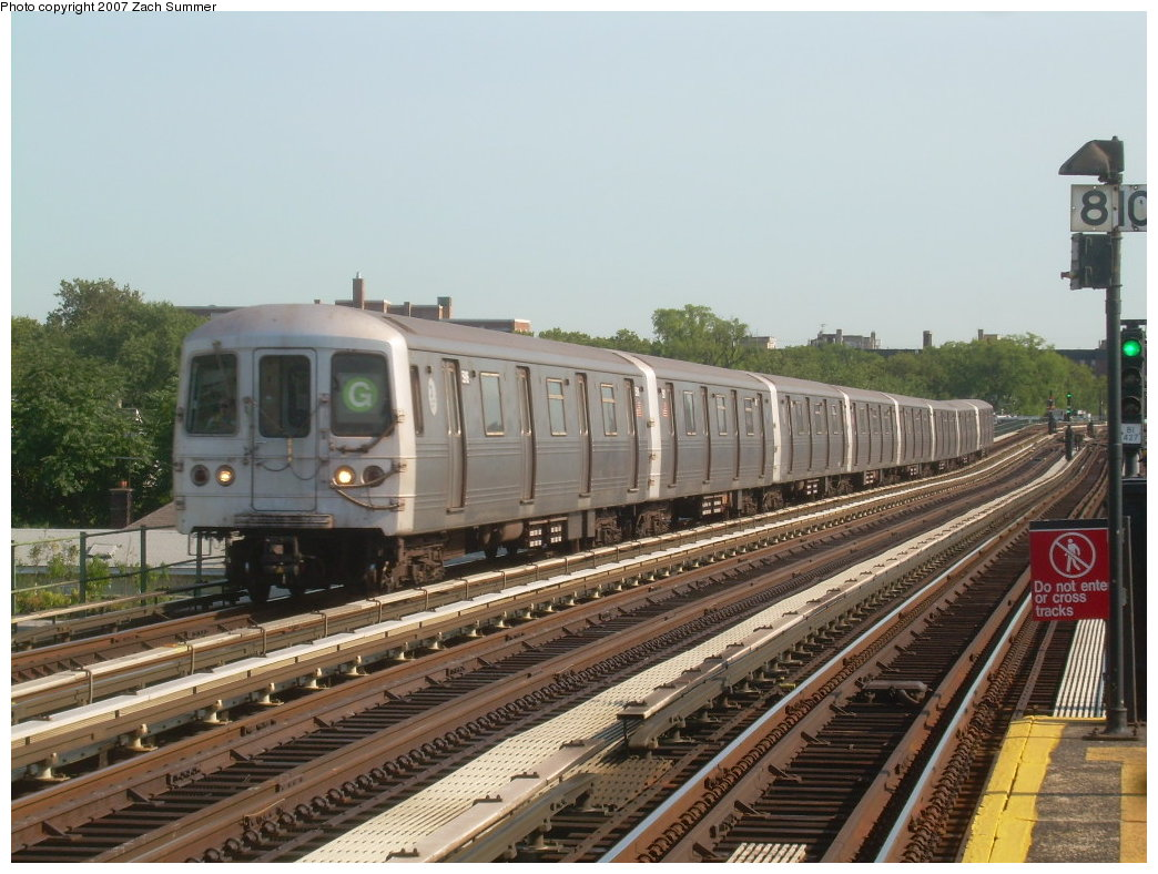 (212k, 1044x788)<br><b>Country:</b> United States<br><b>City:</b> New York<br><b>System:</b> New York City Transit<br><b>Line:</b> BMT Culver Line<br><b>Location:</b> Avenue P <br><b>Route:</b> G<br><b>Car:</b> R-46 (Pullman-Standard, 1974-75)  <br><b>Photo by:</b> Zach Summer<br><b>Date:</b> 8/12/2007<br><b>Viewed (this week/total):</b> 1 / 1098