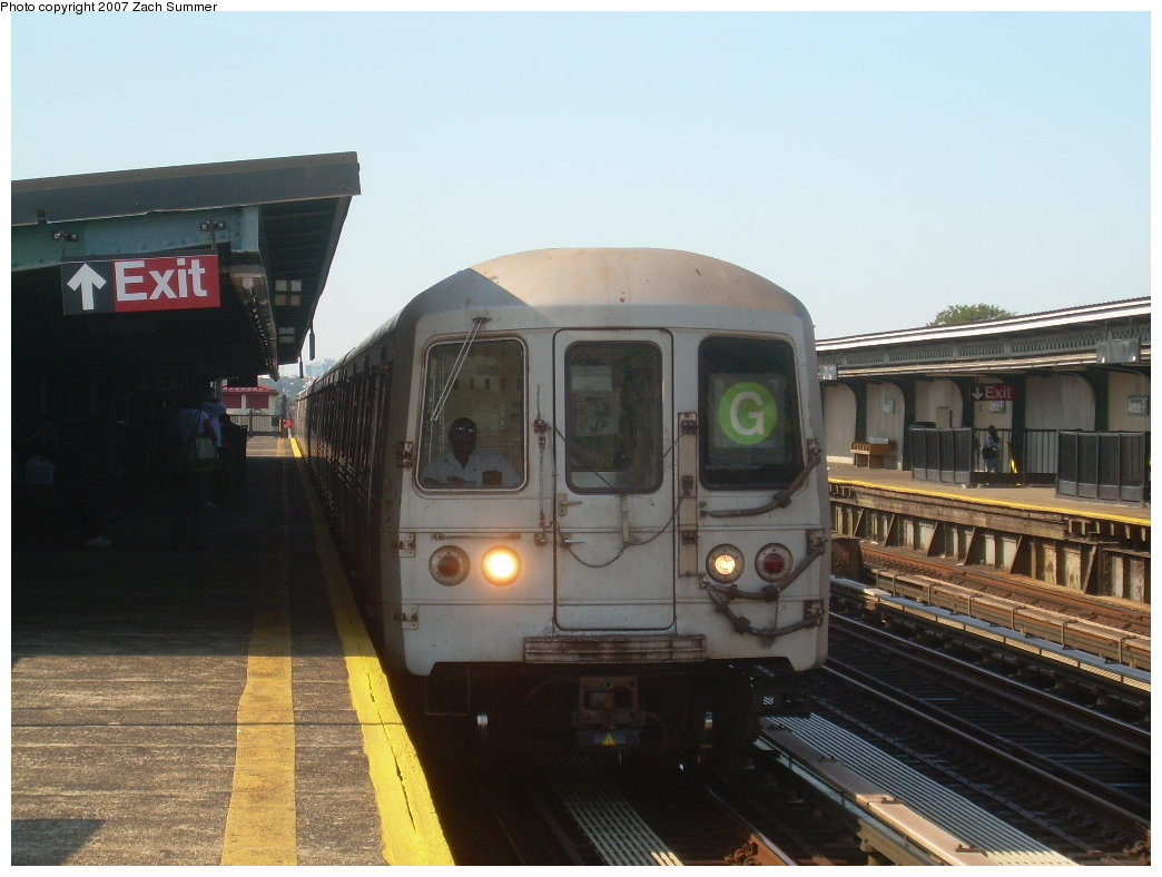 (174k, 1044x788)<br><b>Country:</b> United States<br><b>City:</b> New York<br><b>System:</b> New York City Transit<br><b>Line:</b> BMT Culver Line<br><b>Location:</b> Avenue P <br><b>Route:</b> G<br><b>Car:</b> R-46 (Pullman-Standard, 1974-75)  <br><b>Photo by:</b> Zach Summer<br><b>Date:</b> 8/12/2007<br><b>Viewed (this week/total):</b> 2 / 1235