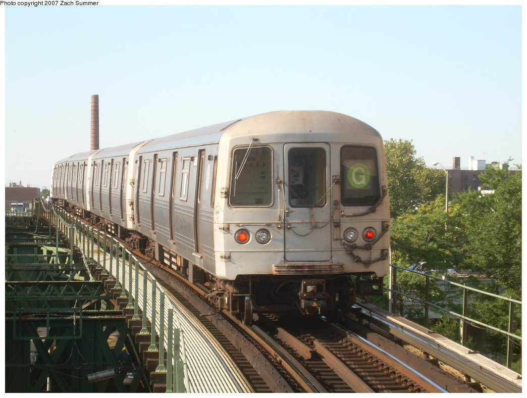 (199k, 1044x788)<br><b>Country:</b> United States<br><b>City:</b> New York<br><b>System:</b> New York City Transit<br><b>Line:</b> BMT Culver Line<br><b>Location:</b> Neptune Avenue <br><b>Route:</b> G<br><b>Car:</b> R-46 (Pullman-Standard, 1974-75)  <br><b>Photo by:</b> Zach Summer<br><b>Date:</b> 8/12/2007<br><b>Viewed (this week/total):</b> 3 / 1466