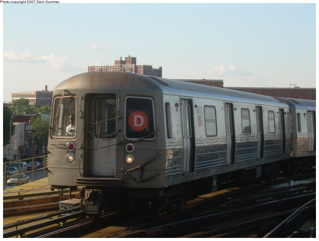 (158k, 1044x788)<br><b>Country:</b> United States<br><b>City:</b> New York<br><b>System:</b> New York City Transit<br><b>Location:</b> Coney Island/Stillwell Avenue<br><b>Route:</b> D<br><b>Car:</b> R-68 (Westinghouse-Amrail, 1986-1988)  2712 <br><b>Photo by:</b> Zach Summer<br><b>Date:</b> 8/12/2007<br><b>Viewed (this week/total):</b> 0 / 967