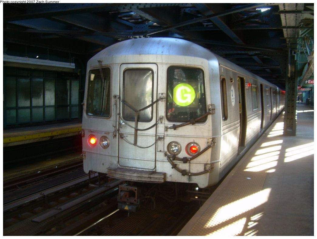 (172k, 1044x788)<br><b>Country:</b> United States<br><b>City:</b> New York<br><b>System:</b> New York City Transit<br><b>Line:</b> BMT Culver Line<br><b>Location:</b> West 8th Street <br><b>Route:</b> G<br><b>Car:</b> R-46 (Pullman-Standard, 1974-75)  <br><b>Photo by:</b> Zach Summer<br><b>Date:</b> 8/12/2007<br><b>Viewed (this week/total):</b> 1 / 1551