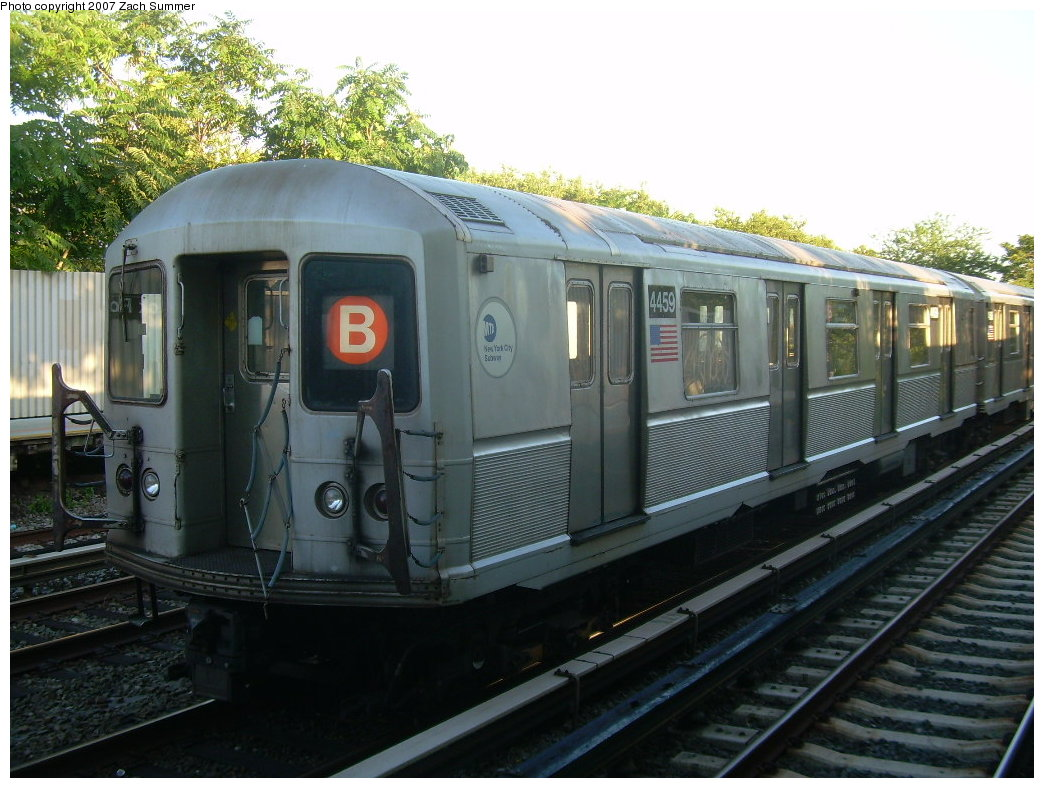 (212k, 1044x788)<br><b>Country:</b> United States<br><b>City:</b> New York<br><b>System:</b> New York City Transit<br><b>Line:</b> BMT Brighton Line<br><b>Location:</b> Neck Road <br><b>Route:</b> B<br><b>Car:</b> R-40M (St. Louis, 1969)  4459 <br><b>Photo by:</b> Zach Summer<br><b>Date:</b> 8/12/2007<br><b>Notes:</b> Layup train at Neck Rd.<br><b>Viewed (this week/total):</b> 0 / 1430
