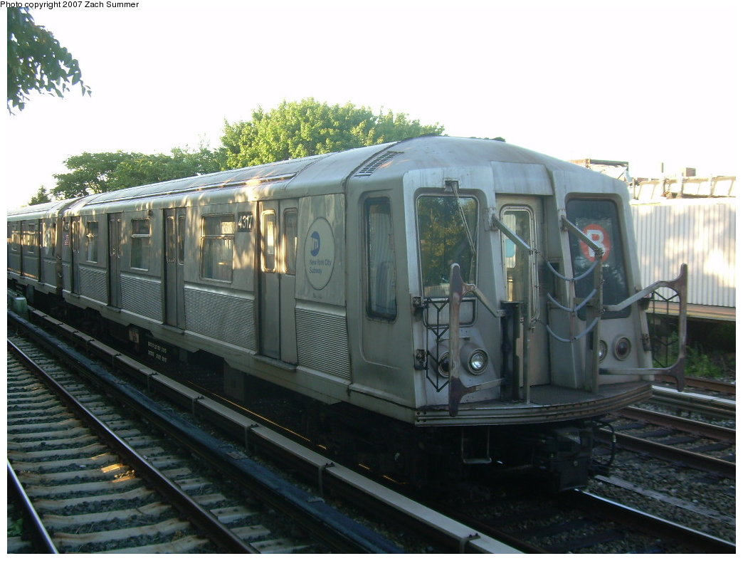 (191k, 1044x788)<br><b>Country:</b> United States<br><b>City:</b> New York<br><b>System:</b> New York City Transit<br><b>Line:</b> BMT Brighton Line<br><b>Location:</b> Neck Road <br><b>Route:</b> B<br><b>Car:</b> R-40 (St. Louis, 1968)  4317 <br><b>Photo by:</b> Zach Summer<br><b>Date:</b> 8/12/2007<br><b>Notes:</b> Layup train at Neck Rd.<br><b>Viewed (this week/total):</b> 2 / 1510