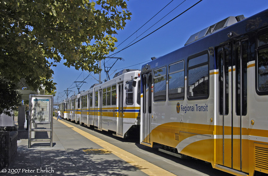 (219k, 864x568)<br><b>Country:</b> United States<br><b>City:</b> Sacramento, CA<br><b>System:</b> SACRT Light Rail<br><b>Location:</b> Swanston <br><b>Car:</b> Sacramento Siemens LRV  111 <br><b>Photo by:</b> Peter Ehrlich<br><b>Date:</b> 8/20/2007<br><b>Notes:</b> Leaving Swanston Station inbound, trailing view.<br><b>Viewed (this week/total):</b> 1 / 881