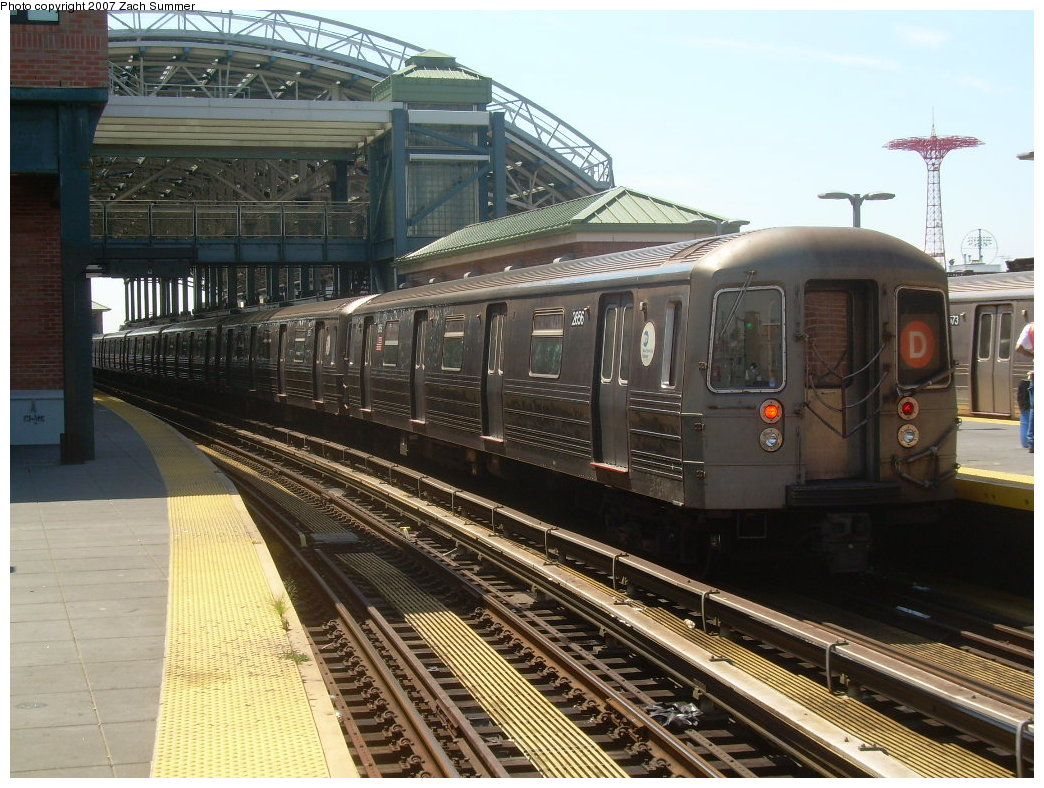 (237k, 1044x788)<br><b>Country:</b> United States<br><b>City:</b> New York<br><b>System:</b> New York City Transit<br><b>Location:</b> Coney Island/Stillwell Avenue<br><b>Route:</b> D<br><b>Car:</b> R-68 (Westinghouse-Amrail, 1986-1988)  2656 <br><b>Photo by:</b> Zach Summer<br><b>Date:</b> 8/12/2007<br><b>Viewed (this week/total):</b> 1 / 1450