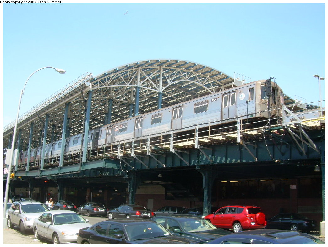 (223k, 1044x788)<br><b>Country:</b> United States<br><b>City:</b> New York<br><b>System:</b> New York City Transit<br><b>Location:</b> Coney Island/Stillwell Avenue<br><b>Route:</b> D<br><b>Car:</b> R-68 (Westinghouse-Amrail, 1986-1988)  2536 <br><b>Photo by:</b> Zach Summer<br><b>Date:</b> 8/12/2007<br><b>Viewed (this week/total):</b> 2 / 1892
