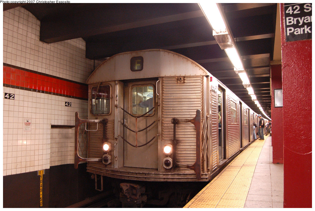 (209k, 1044x701)<br><b>Country:</b> United States<br><b>City:</b> New York<br><b>System:</b> New York City Transit<br><b>Line:</b> IND 6th Avenue Line<br><b>Location:</b> 42nd Street/Bryant Park <br><b>Route:</b> F<br><b>Car:</b> R-32 (Budd, 1964)  3565 <br><b>Photo by:</b> Christopher Esposito<br><b>Date:</b> 8/22/2007<br><b>Viewed (this week/total):</b> 0 / 1663