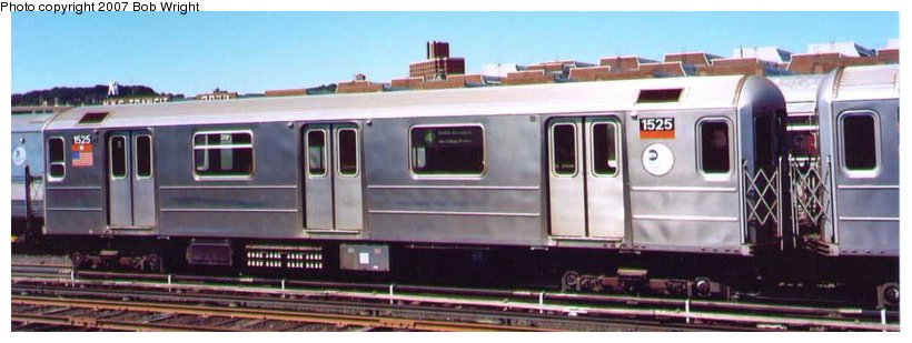 (58k, 820x309)<br><b>Country:</b> United States<br><b>City:</b> New York<br><b>System:</b> New York City Transit<br><b>Location:</b> 207th Street Yard<br><b>Car:</b> R-62 (Kawasaki, 1983-1985)  1525 <br><b>Photo by:</b> Bob Wright<br><b>Date:</b> 8/24/2003<br><b>Viewed (this week/total):</b> 2 / 1318