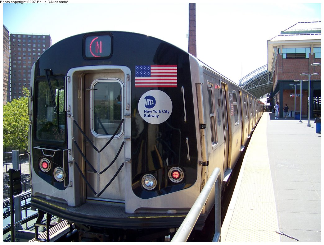 (186k, 1044x788)<br><b>Country:</b> United States<br><b>City:</b> New York<br><b>System:</b> New York City Transit<br><b>Location:</b> Coney Island/Stillwell Avenue<br><b>Route:</b> N<br><b>Car:</b> R-160B (Kawasaki, 2005-2008)  8742 <br><b>Photo by:</b> Philip D'Allesandro<br><b>Date:</b> 8/12/2007<br><b>Viewed (this week/total):</b> 2 / 1558