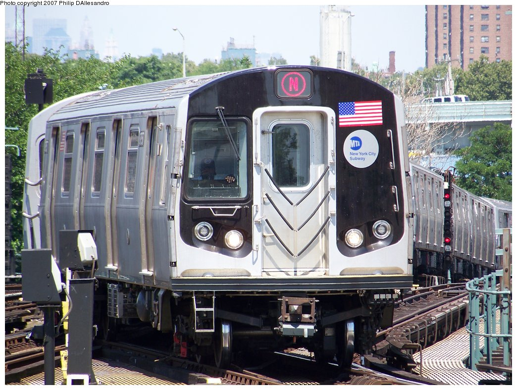 (231k, 1044x788)<br><b>Country:</b> United States<br><b>City:</b> New York<br><b>System:</b> New York City Transit<br><b>Location:</b> Coney Island/Stillwell Avenue<br><b>Route:</b> N<br><b>Car:</b> R-160B (Kawasaki, 2005-2008)  8757 <br><b>Photo by:</b> Philip D'Allesandro<br><b>Date:</b> 8/12/2007<br><b>Viewed (this week/total):</b> 6 / 1817