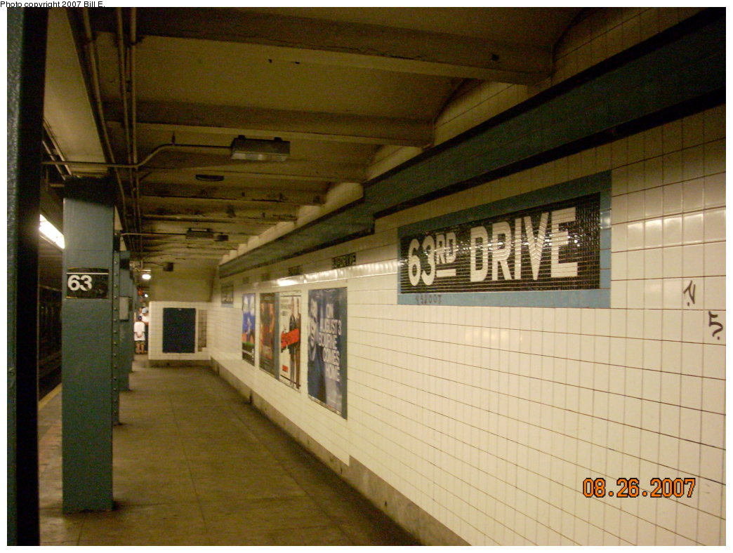 (198k, 1044x788)<br><b>Country:</b> United States<br><b>City:</b> New York<br><b>System:</b> New York City Transit<br><b>Line:</b> IND Queens Boulevard Line<br><b>Location:</b> 63rd Drive/Rego Park <br><b>Photo by:</b> Bill E.<br><b>Date:</b> 8/26/2007<br><b>Viewed (this week/total):</b> 0 / 1085
