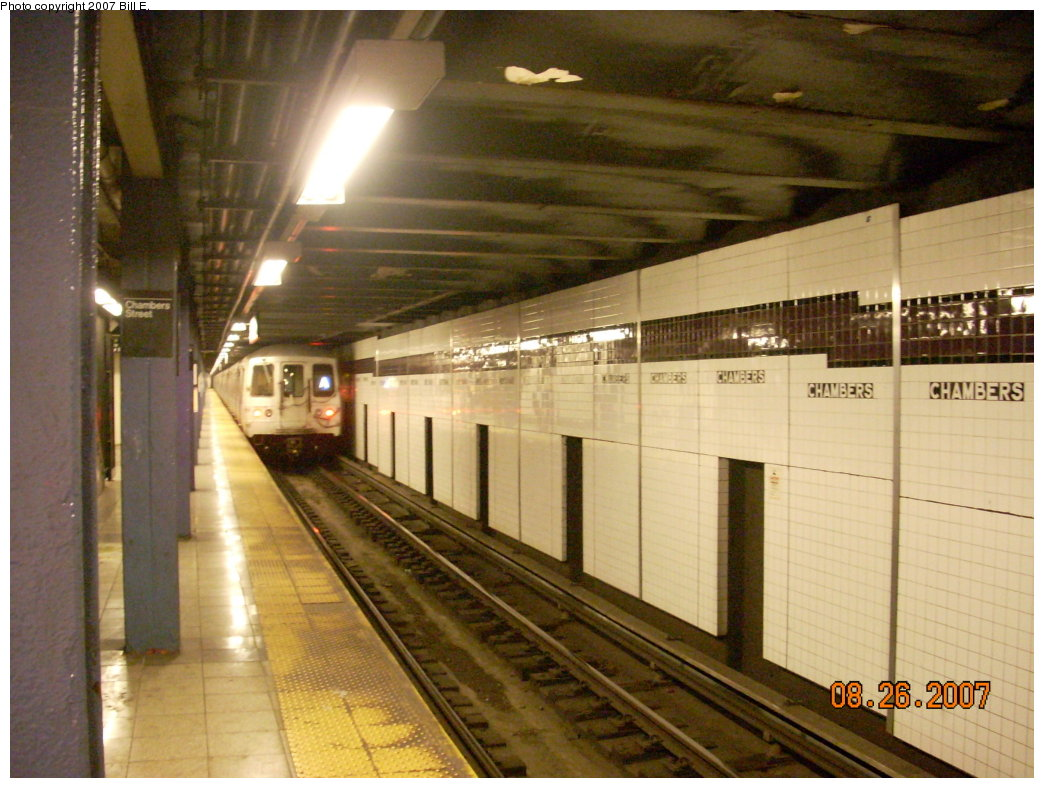 (208k, 1044x788)<br><b>Country:</b> United States<br><b>City:</b> New York<br><b>System:</b> New York City Transit<br><b>Line:</b> IND 8th Avenue Line<br><b>Location:</b> Chambers Street/World Trade Center <br><b>Route:</b> A<br><b>Car:</b> R-44 (St. Louis, 1971-73)  <br><b>Photo by:</b> Bill E.<br><b>Date:</b> 8/26/2007<br><b>Viewed (this week/total):</b> 2 / 2019