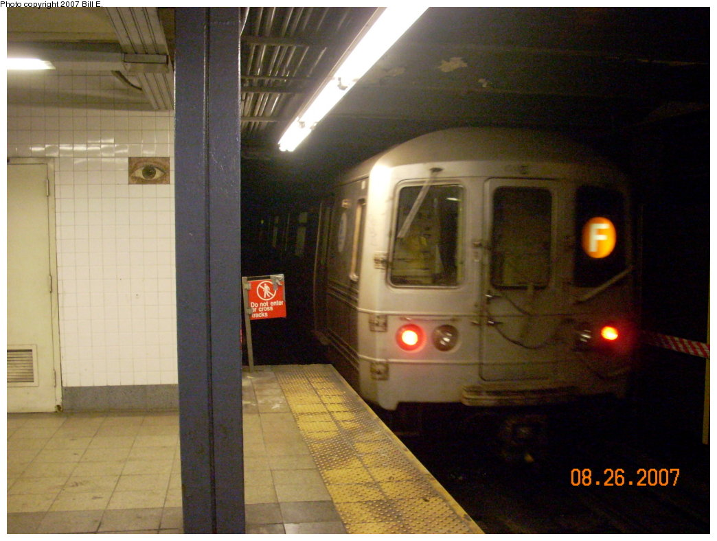 (184k, 1044x788)<br><b>Country:</b> United States<br><b>City:</b> New York<br><b>System:</b> New York City Transit<br><b>Line:</b> IND 8th Avenue Line<br><b>Location:</b> Chambers Street/World Trade Center <br><b>Route:</b> F<br><b>Car:</b> R-46 (Pullman-Standard, 1974-75)  <br><b>Photo by:</b> Bill E.<br><b>Date:</b> 8/26/2007<br><b>Notes:</b> F re-route on A line.<br><b>Viewed (this week/total):</b> 1 / 1567